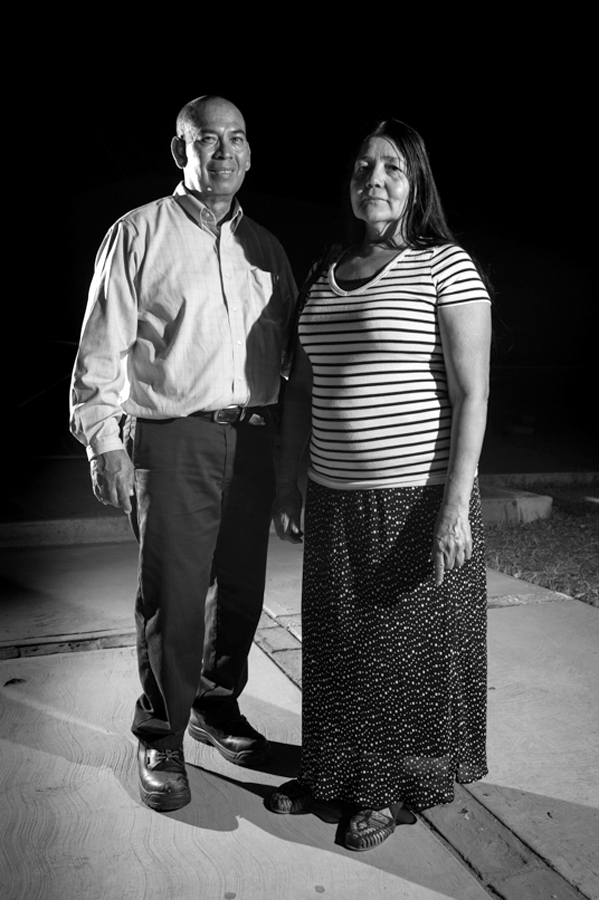 Roberto y María Antunez (#136) In Search of Better Horizons: The Story of a Family United by Threads of Love